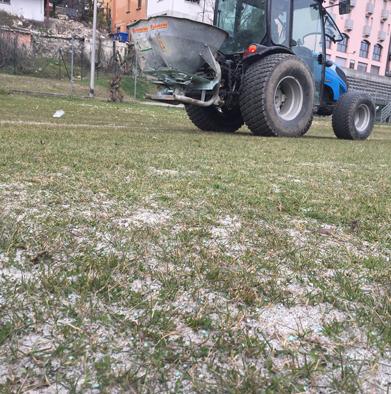spargimento sabbia impianto sportivo trattore di battaglioli luca