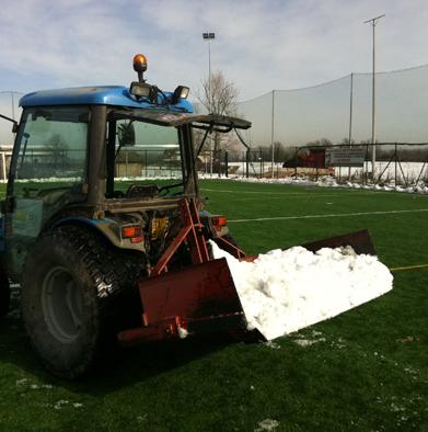emergenza neve campi da calcio trattore impresa battaglioli luca