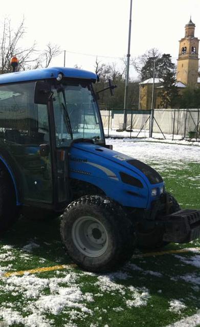 trattore landini piccolo per sgombero neve